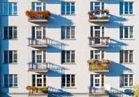 Mieszkanie na parterze czy na piętrze – sprawdź, co lepiej wybrać