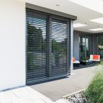 Żaluzje fasadowe – alternatywa dla rolet zewnętrznych
